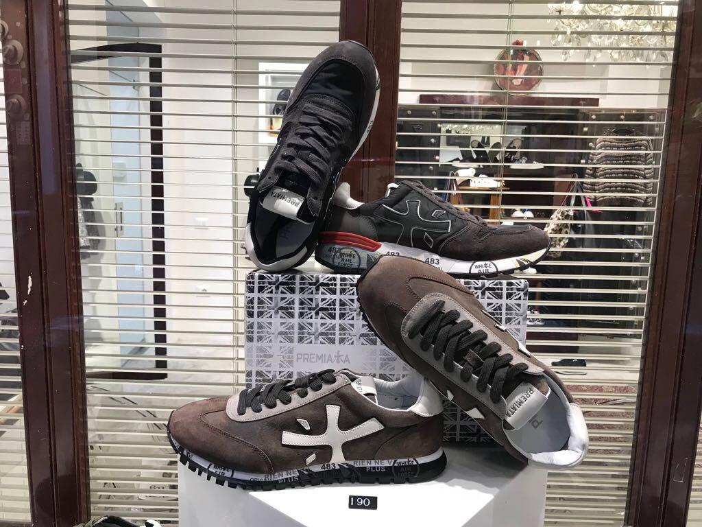 H23 Genova scarpe, borse, abbigliamento alla ricerca delle