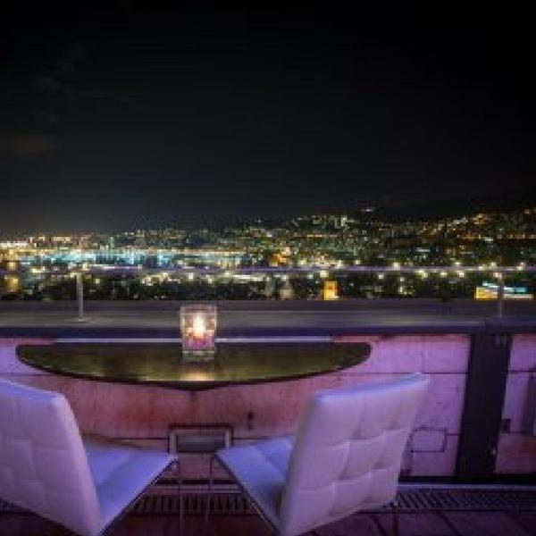 Un sogno in volo su Genova : Terrazza Colombo da cartolina