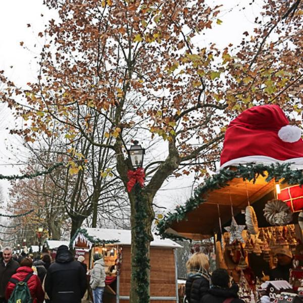Casa Di Babbo Natale E Mercatini Di Natale A Govone 16 Dicembre